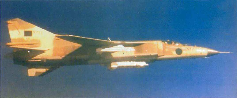 MiG 23 (航空機)の画像 p1_11