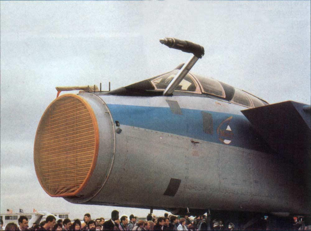 Исчезнувший с радаров российский истребитель-перехватчик МиГ-31 потерпел крушение и сгорел - Цензор.НЕТ 9525