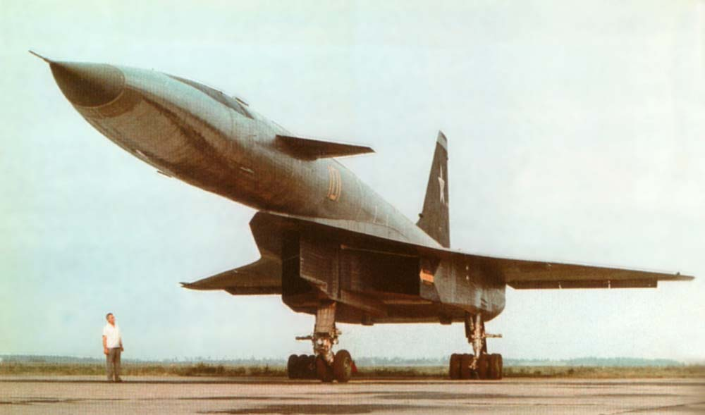 http://www.testpilot.ru/russia/sukhoi/t/4/images/t4_2.jpg