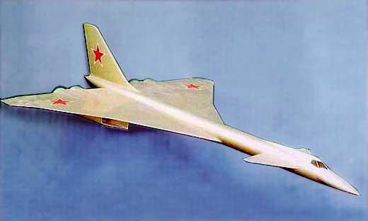 Model nadzvučnog strateškog bombardera Tu-135