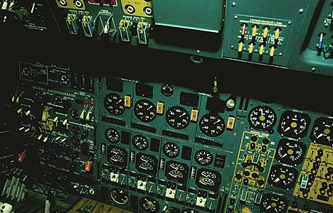 Оборудование кабины Ту-144