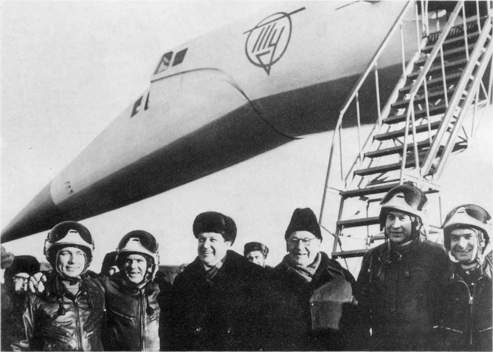 за Ту-144 Героя Советского