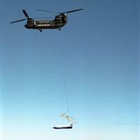 Сброс X-40A с вертолета CH-47
